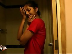 Super hot indian babe divya in shower - indian porn